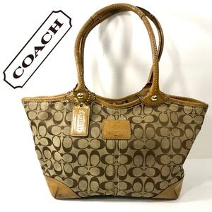 Coach Bleeker Shoulder Tote Bag